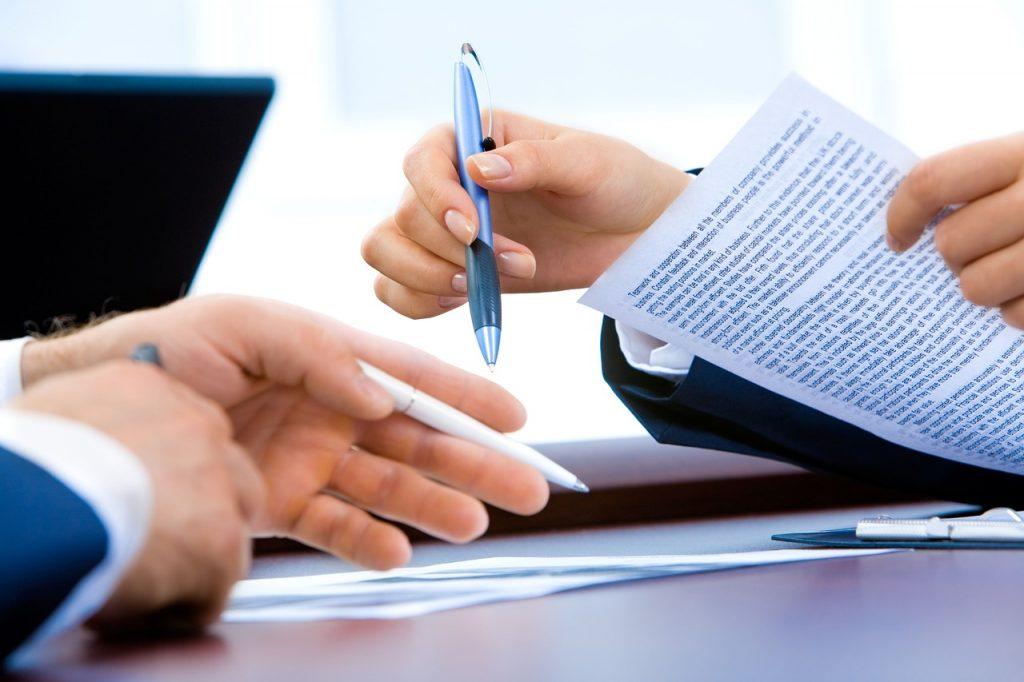 Contrato de compraventa de vehículos: cómo hacerlo y otros aspectos que debes conocer 4