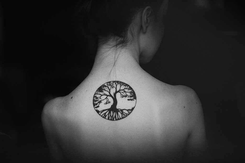 ¿Por qué motivo tatuarse un árbol de la vida?