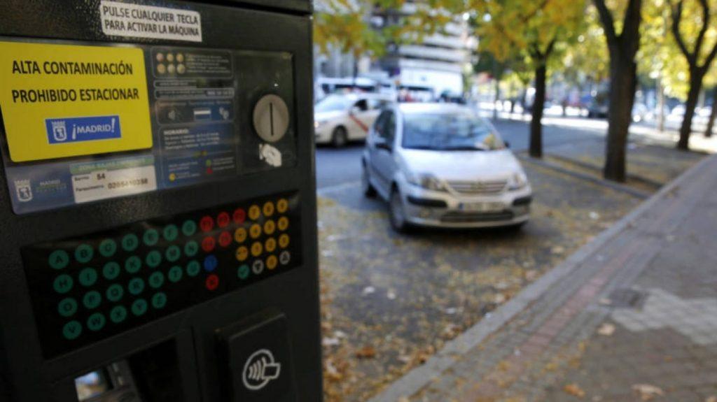 Estacionamiento zona azul y verde en Madrid