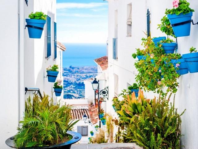 Vivir en Mijas, ¡5 razones para mudarte a este pueblo de Málaga! 1